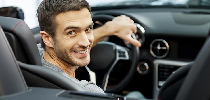 Uber will amerikanische Kunden über Bonussysteme mit Kreditkarte stärker an sich binden