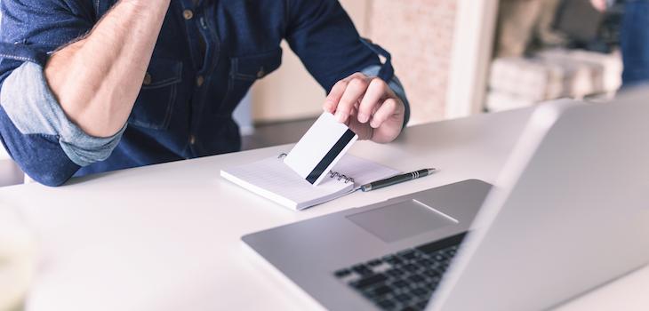 US-Verbraucherschützer raten Millennials dazu, Kreditkarten zu nutzen