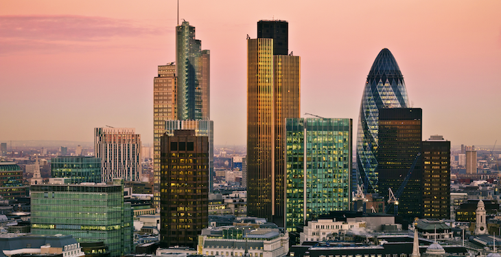 Experten warnen vor rapider Überschuldung britischer Verbraucher